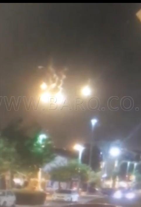 Photo of سُمع صوت صفارات انذار في مدينة حيفا قبل قليل، كما شوهدت قنابل مضيئة