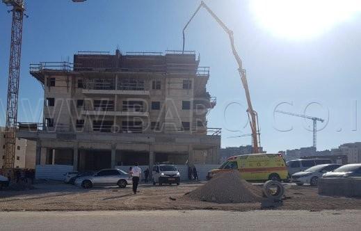 Photo of مصرع عامل (40 عامًا) من وادي عارة  سقط عن ارتفاع في ورشة بناء في حريش