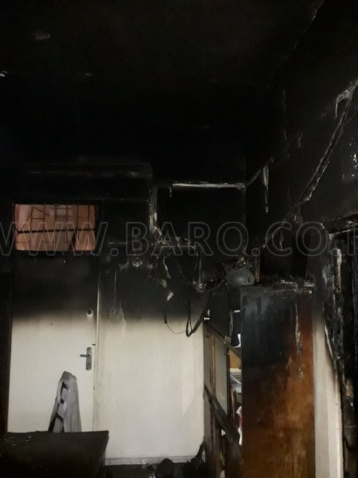 Photo of أم وابنها بحالة حرجة جراء اندلاع حريق داخل مبنى في القدس