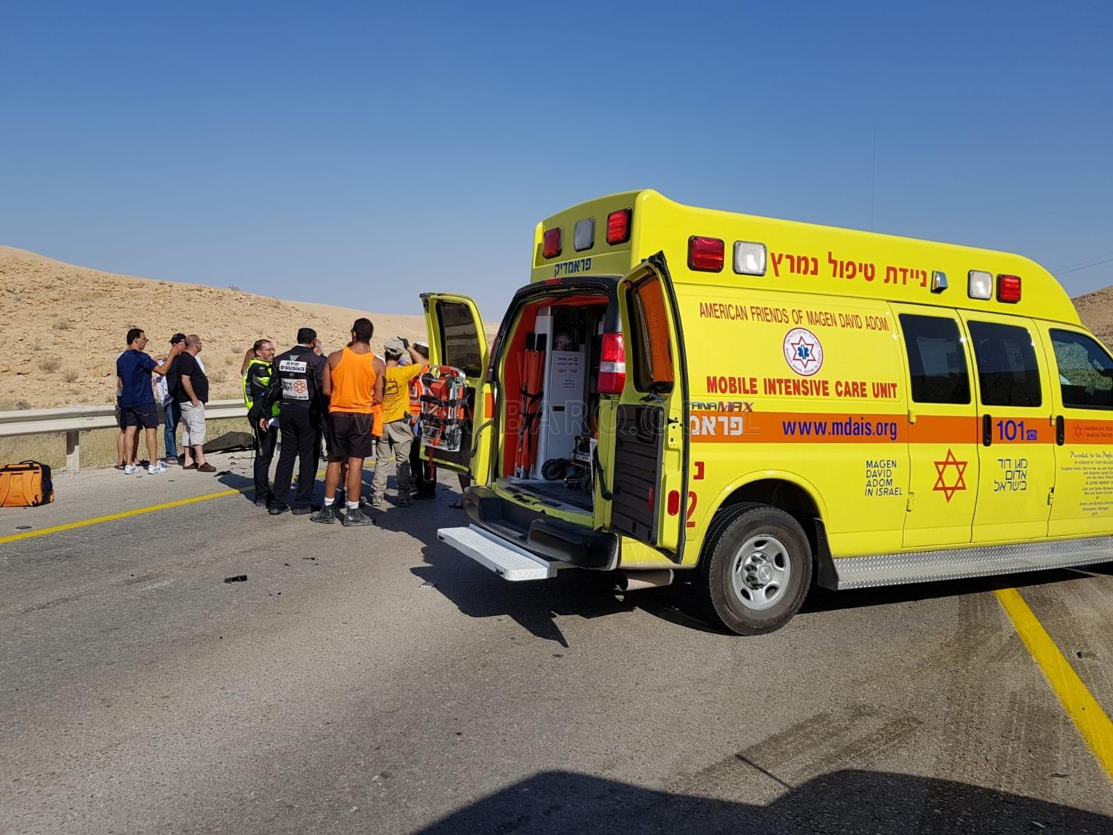 Photo of مصرع شخصين وإصابة آخرين إثر حادث طرق مروع