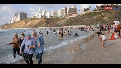 Photo of بعد حصار طويل وغياب، يتم فتح الابواب امام مئات الآلاف من الفلسطينين القاطنين في الضفة الغربية لزيارة الشواطئ