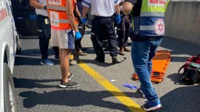 Photo of مصرع رجل وإصابة آخر بجراح خطيرة جرّاء حادث طرق على شارع 79 قرب شفاعمرو