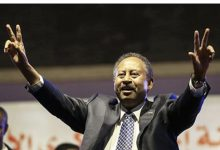 Photo of ضغوط أمريكية لإقامة علاقات مع إسرائيل تثير جدلا واسعا في السودان