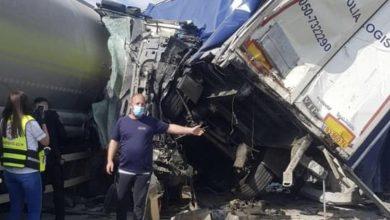Photo of قتيل وإصابات متفاوتة إثر حادث طرق مروع بين 3 شاحنات على شارع 6 قرب الطيبة