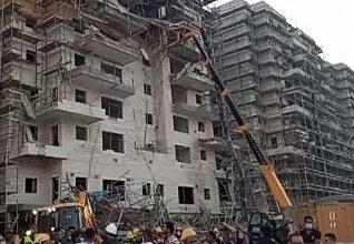 Photo of إصابة 5 عمّال بجراح متفاوتة جرّاء إنهيار سقالة بورشة بناء في بيت شيمش