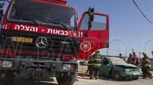 Photo of انقلاب جيب في بلدة عرابة داخل كرم للزيتون واصابة شخصين