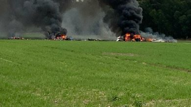 Photo of مصرع شخصين جرّاء سقوط طائرة خفيفة بالقرب من مدينة رهط في النقب