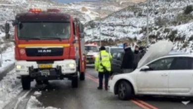 Photo of مصرع امرأة واصابة 5 اخرين جرّاء حادث طرق مروّع على شارع 60