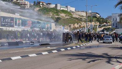 Photo of بدء التحقيق مع أفراد الشرطة بعد الاعتداء على المتظاهرين بام الفحم