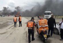 Photo of اصابة عاملين بجراح خطيرة اثر انفجار بمصنع قرب مدينة اللد