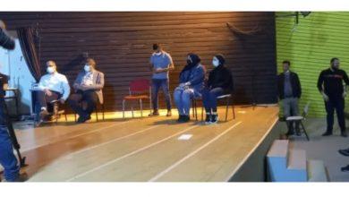 Photo of مواطنون يصرخون بوجه اعضاء كنيست خلال اجتماع في جلجولية على اثر جريمة القتل: كفاكم استهتارا