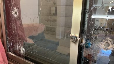 Photo of ام الفحم: اطلاق اكثر من 50 رصاصة على منزل  الاعلامي نضال اغباريـة ورابطة صحافيي الداخل تستنكر