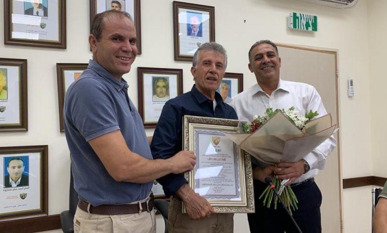 Photo of كفرقرع: مجلس محلي كفرقرع يكرم خمسة من العاملين في حقل التعليم بمناسبة خروجهم إلى التقاعد