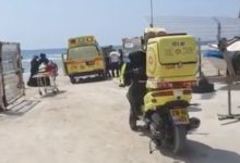 Photo of محاولات انعاش طفل (عامان) إثر تعرّضه للغرق في أحد شواطئ الخضيرة